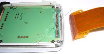 Reparatur Flachbandkabel am Nokia 7650. ( Sollte eine Reparatur nicht möglich sein, berechnen wir einen Kostenvoranschlag in Höhe von 9,90 Euro incl. Versandkosten zurück zu Ihnen)
